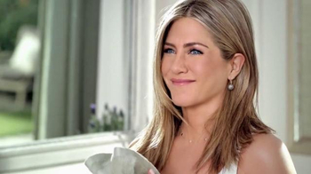Aveeno Positively Radiant TV Spot, 'Luminoso' Con Jennifer Aniston[Spanish] - 135 commercial airings