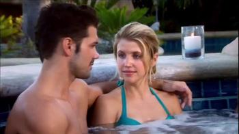 Clorox TV Spot, 'The Bachelorette Hot Tub' - Thumbnail 4