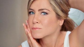 Aveeno Positively Radiant TV Spot, 'Ocupado' Con Jennifer Aniston [Spanish] - Thumbnail 4
