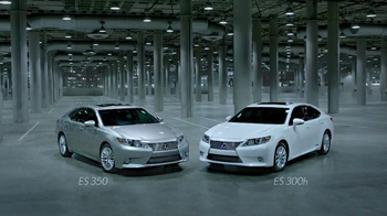 Lexus ES 350 and ES 300h TV Spot, 'Absolutely Unforgettable' - Thumbnail 7