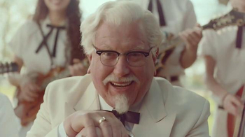 KFC TV Spot, 'Bucket & Beans' Featuring Darrell Hammond - Thumbnail 6