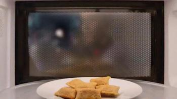 Totino's Pepperoni Pizza Rolls TV Spot, 'Más calor este verano' [Spanish] - Thumbnail 2