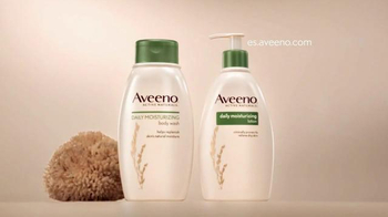 Aveeno Daily Moisturizing Lotion TV Spot, 'Nutrientes' [Spanish] - Thumbnail 10