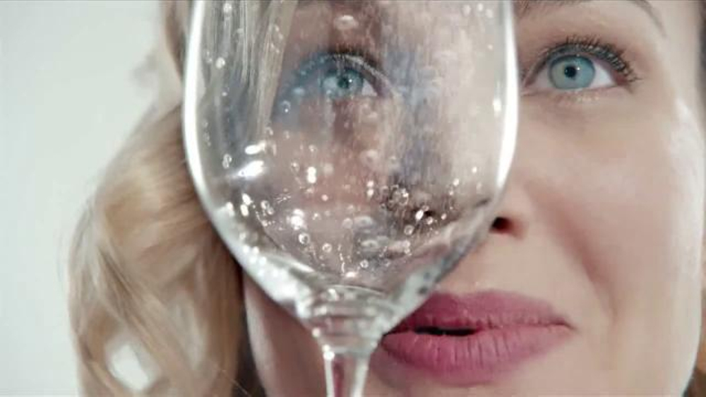 DASANI Sparkling TV Commercial, 'The Ritual'