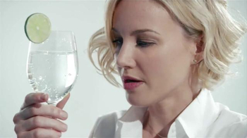 DASANI Sparkling TV Spot, 'The Ritual' - Thumbnail 7
