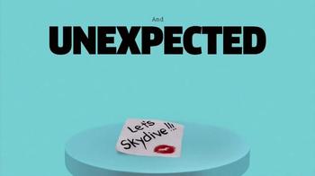 Ice Breakers Cool Blasts Chews TV Spot, 'IFC TV' - Thumbnail 5