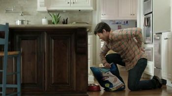 Icy Hot Smart Relief TV Spot, 'In the Kitchen' Featuring Shaquille O'Neal - 4114 commercial airings