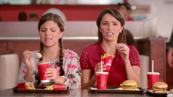 Wendy's Crispy Dill Chicken Sandwich TV Spot, 'Una gran idea' [Spanish] - Thumbnail 3