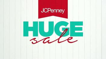 JCPenney Huge Sale TV Spot, 'Summer Savings' - Thumbnail 3