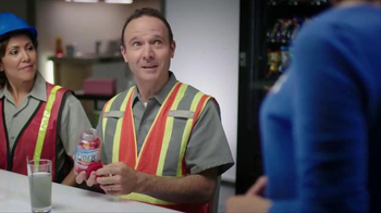 Phillips Fiber Good Gummies TV Spot, 'Construction Workers' - Thumbnail 6