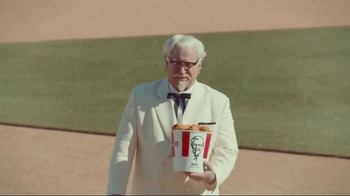 KFC TV Spot, 'Bucket in My Hand' Featuring Darrell Hammond - Thumbnail 6