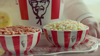 KFC TV Spot, 'Bucket in My Hand' Featuring Darrell Hammond - Thumbnail 8