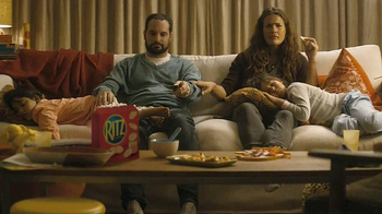 Ritz Crackers TV Spot, 'Cartoon Squirrel Movie' - Thumbnail 6