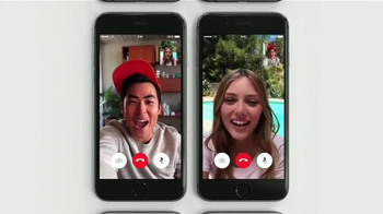 Apple iPhone TV Spot, 'Hardware y software' [Spanish] - Thumbnail 7