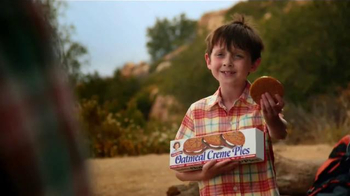 Little Debbie Oatmeal Creme Pies TV Spot, 'Camping' - Thumbnail 4