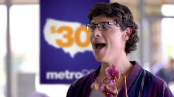 MetroPCS TV Spot, 'La mudanza' [Spanish] - 1583 commercial airings