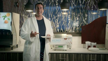 Holiday Inn Express TV Spot, 'Evening Breakfast Enthusiast' Ft. Rob Riggle - Thumbnail 4