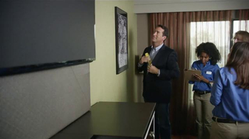 Holiday Inn Express TV Spot, 'Breakfast Excellence Honcho' Ft. Rob Riggle - Thumbnail 5