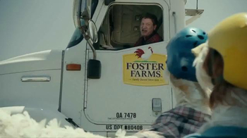 Foster Farms Fresh & Natural Chicken TV Spot, 'Skateboarding Chickens' - Thumbnail 3