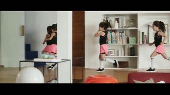 XFINITY X1 TV Spot, 'Cuatrillizos y prioridades' [Spanish] - Thumbnail 1