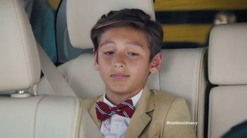 Old Navy TV Spot, 'Vestido como abogado' con Judy Reyes [Spanish]