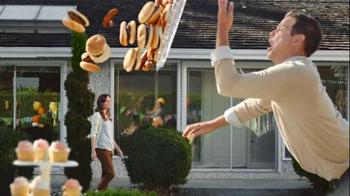 VISA Checkout TV Spot, 'Party' Featuring Morgan Freeman - Thumbnail 3