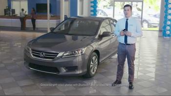 Honda Summer Clearance Event TV Spot, 'New Apartment' - Thumbnail 5