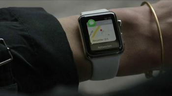 Apple Watch TV Spot, 'Beijing' - Thumbnail 4