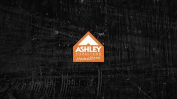 Ashley Furniture Homestore TV Spot, 'Refresh Your Home for Summer' - Thumbnail 2
