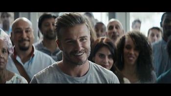 Sprint TV Spot 'All-In Plan: Versión T-Mobile' con David Beckham - Thumbnail 5