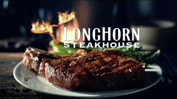 Longhorn Steakhouse TV Spot, 'Steaks That Sizzle' - Thumbnail 6