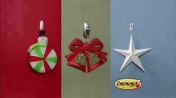 Command TV Spot, 'Holiday Decorations' - Thumbnail 4