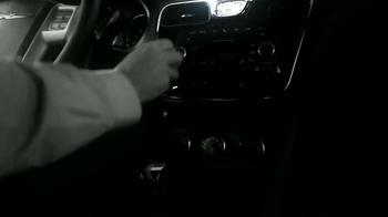 Chrysler 200 TV Spot [Spanish] - Thumbnail 1
