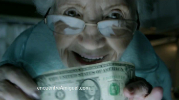 T-Mobile TV Spot, 'Encuentra a Miguel: Abuelita' [Spanish]