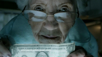 T-Mobile TV Spot, 'Encuentra a Miguel: Abuelita' [Spanish] - Thumbnail 4