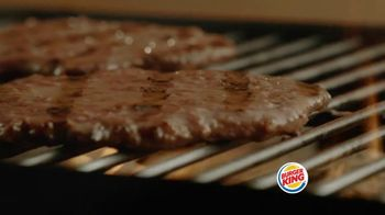 Burger King Big King TV Spot, '2 for $5: What's Inside' - Thumbnail 5