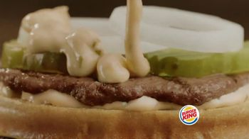 Burger King Big King TV Spot, '2 for $5: What's Inside' - Thumbnail 7