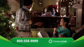 CenturyLink TV Spot, 'Gemelas: Estas Fiestas' [Spanish] - Thumbnail 7