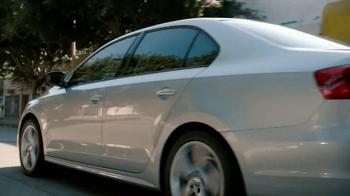 Volkswagen Sign Then Drive Event TV Spot, 'Just a Signature' - Thumbnail 3