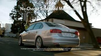 Volkswagen Sign Then Drive Event TV Spot, 'Just a Signature' - Thumbnail 5
