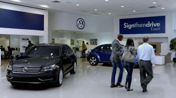 Volkswagen Sign Then Drive Event TV Spot, 'Just a Signature' - Thumbnail 7