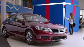 Honda Happy Honda Days: Accord TV Spot, 'Cue the Bolton' Ft. Michael Bolton - Thumbnail 3