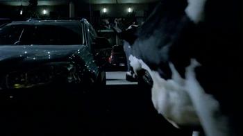 Chick-fil A TV Spot, 'Car Alarm Cows'  - Thumbnail 5