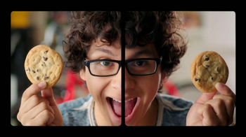 McDonald's Dollar Menu and More TV Spot, 'Symmetry' [Spanish] - Thumbnail 9