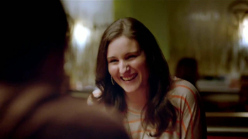 Chili's $20 Cena Para 2 TV Spot, 'Mesa 6' [Spanish] - Thumbnail 4