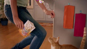 Friskies Party Mix TV Spot - Thumbnail 8