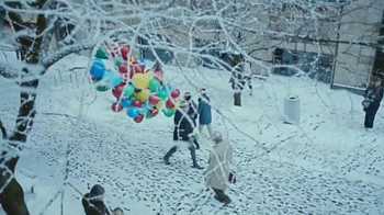 Zales TV Spot, 'Balloons' Song by Lord Huron - Thumbnail 4