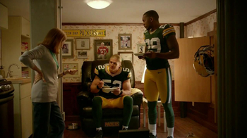 Campbell's Chunky New England Clam Chowder TV Spot Feat. Clay Matthews,  - Thumbnail 10