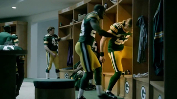 Campbell's Chunky New England Clam Chowder TV Spot Feat. Clay Matthews,  - Thumbnail 2