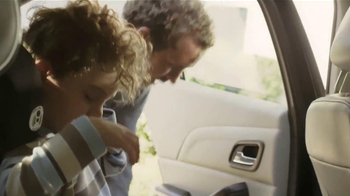 2014 Chevrolet Malibu TV Spot, 'La Gente Más Rica del Mundo' [Spanish] - Thumbnail 3